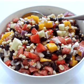 Black bean and mango salad | FamilyFoodontheTable.com