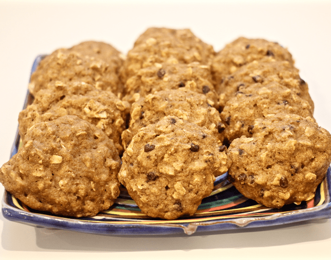 Banana oat cookies | FamilyFoodontheTable.com