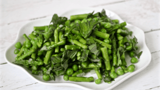 Asparagus with peas and basil