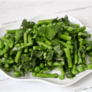 Asparagus and peas with basil