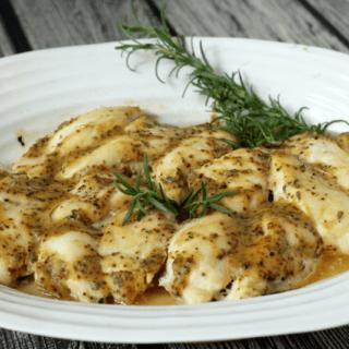 Easy honey dijon baked chicken | FamilyFoodontheTable.com