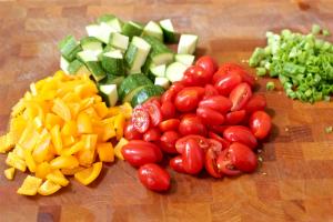 Fast farro salad with veggies