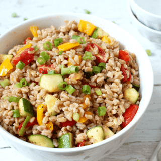 Fast farro salad with veggies | FamilyFoodontheTable.com