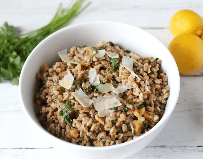Simple farro salad | FamilyFoodontheTable.com