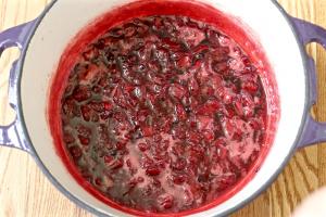 Easy strawberry freezer jam