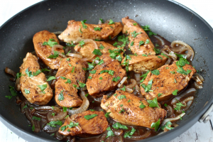 Easy balsamic chicken dinner | Family Food on the Table