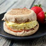 5-minute homemade egg McMuffin | FamilyFoodontheTable.com