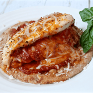 Pizza-stuffed chicken breasts | FamilyFoodontheTable.com