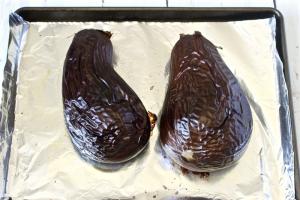 Eggplant caviar | FamilyFoodontheTable.com