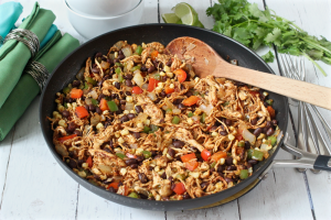 Southwest chicken skillet | FamilyFoodontheTable.com
