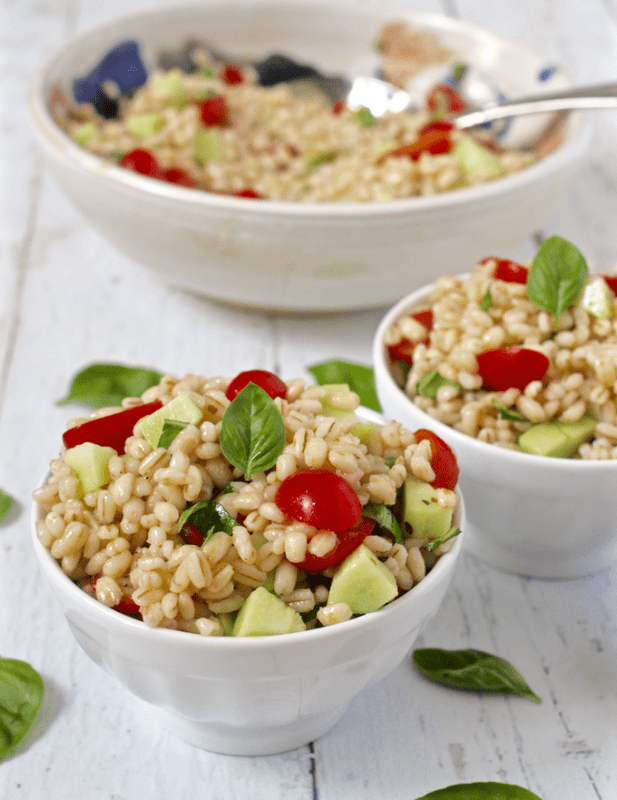 Barley salad with tomatoes - an easy side to throw together! | FamilyFoodontheTable.com