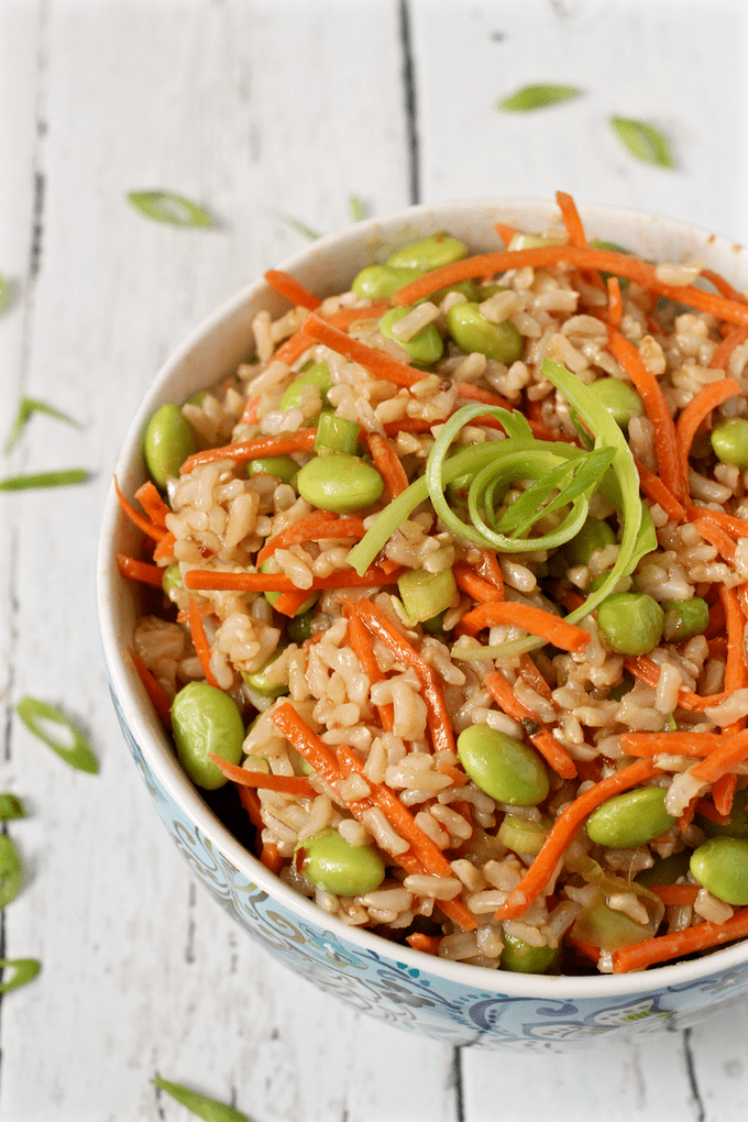 Brown rice edamame salad with carrots and a homemade soy ginger dressing - easy, healthy, delicious! | FamilyFoodontheTable.com