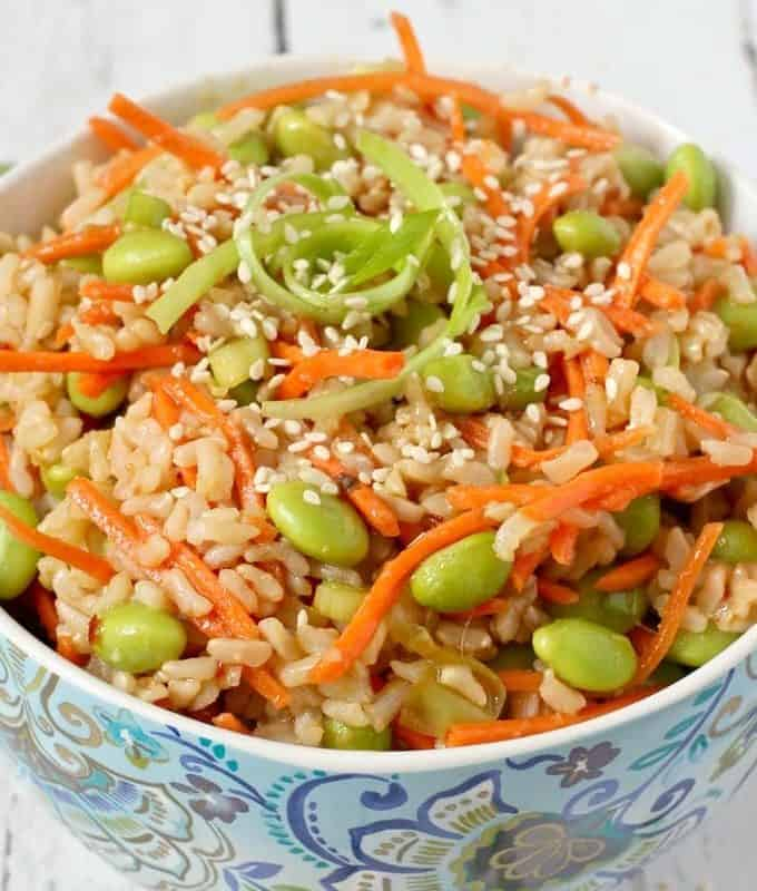 Brown rice edamame salad with carrots and a homemade soy ginger dressing - a healthy veggie side or a great lunch! | FamilyFoodontheTable.com