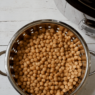 Crock pot chickpeas - so easy and affordable to make your own! | FamilyFoodontheTable.com