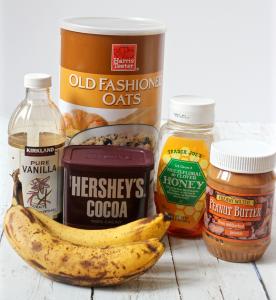 Healthy chocolate pudding - a 5-minute, no cook homemade pudding! | FamilyFoodontheTable.com