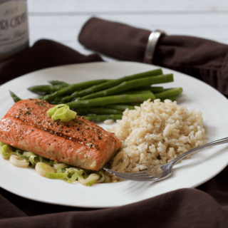 Salmon and leeks - a delicious, healthy dinner! | FamilyFoodontheTable.com