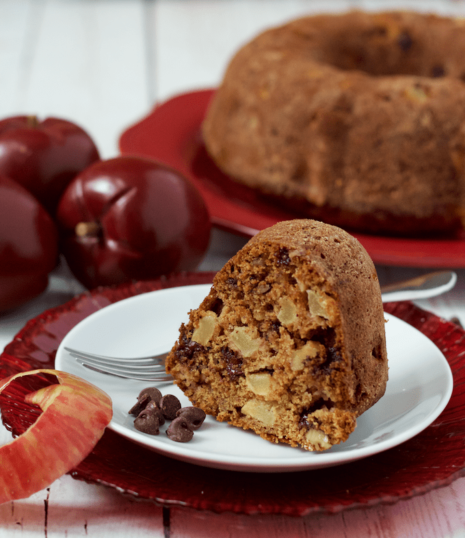 Chocolate chip apple cake - this delicious cake will be a favorite fall tradition! | www.FamilyFoodontheTable.com