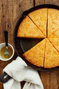 Gluten-free skillet cornbread | Thanksgiving sides round-up