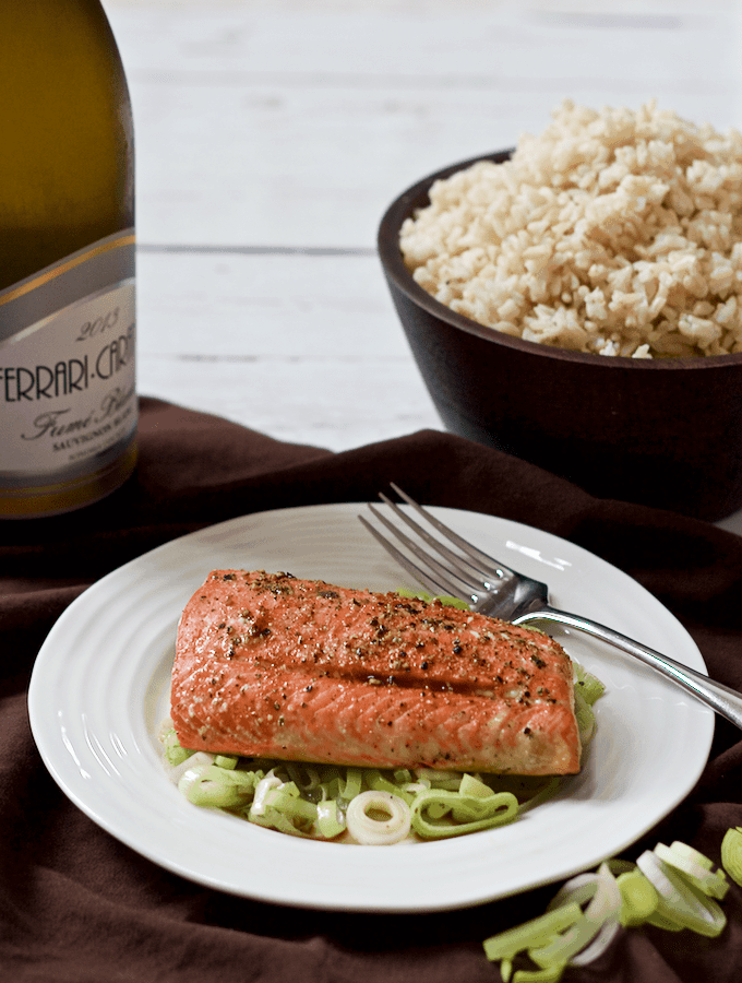 Salmon and leeks - a fast, easy healthy dinner!   FamilyFoodontheTable.com