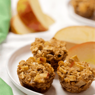 Apple cinnamon quinoa breakfast muffins