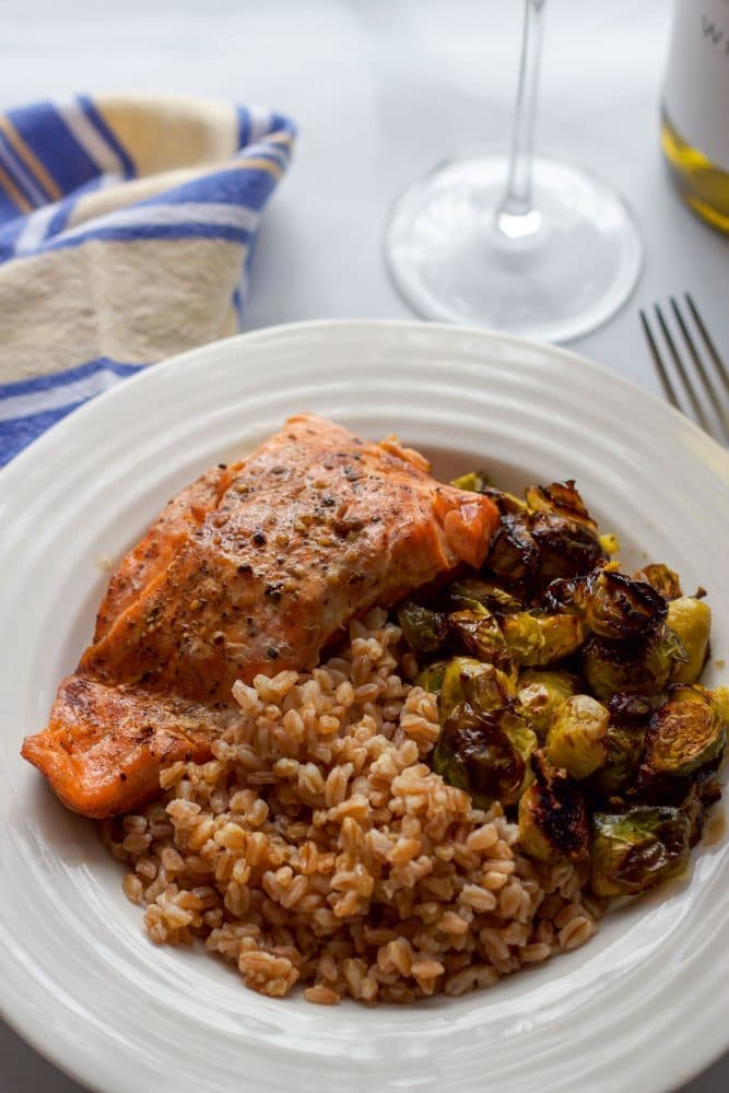 Balsamic salmon, farro and Brussels sprouts - a 30-minute weeknight dinner! | FamilyFoodontheTable.com