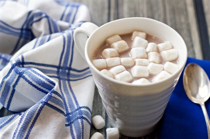 3-ingredient, 3-minute hot chocolate