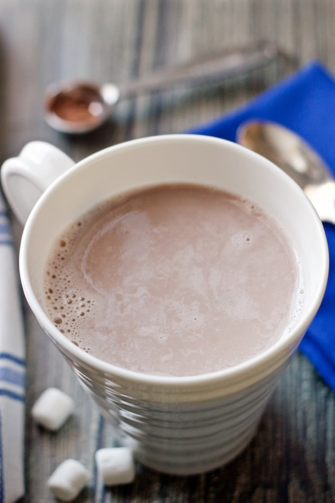 A simple 3-ingredient homemade hot cocoa that's ready in minutes! | FamilyFoodontheTable.com