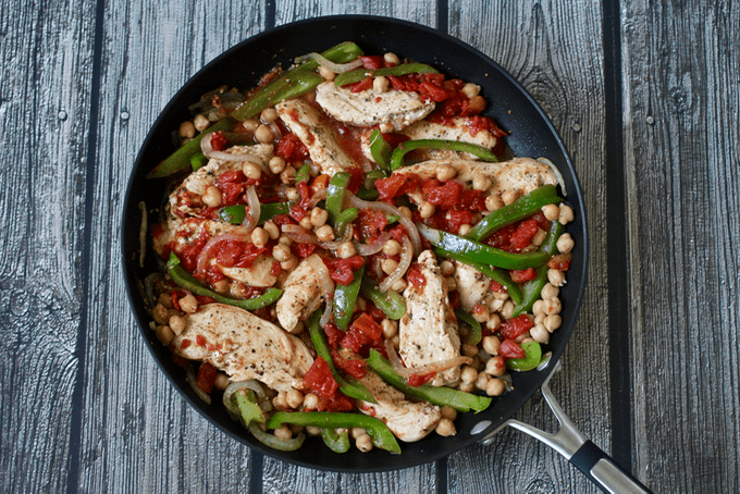 An easy Italian one-pot dinner with chicken, chickpeas, tomatoes and peppers that's ready in 30 minutes!