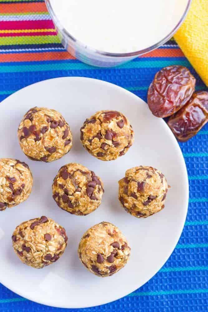 No Bake Chocolate Chip Cookie Balls 4 Ingredients
