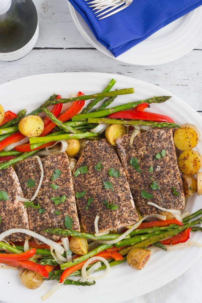 An easy roasted salmon dinner with baby potatoes and asparagus | FamilyFoodontheTable.com