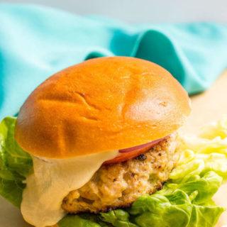 Cheddar chicken burgers