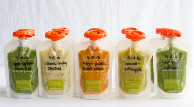 Rows of different flavors and mixes of squeeze pouches for babies and toddlers