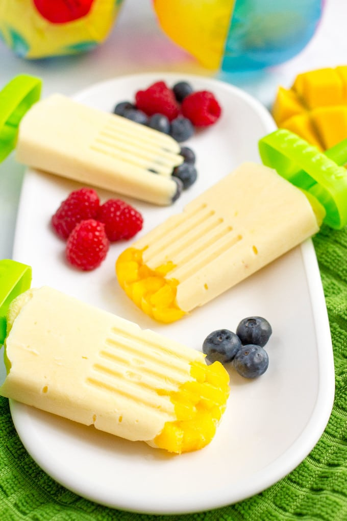 Mango yogurt popsicles - easy homemade popsicles with just 5 healthy ingredients!