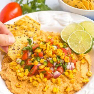 Southwestern hummus with pico de gallo and charred corn