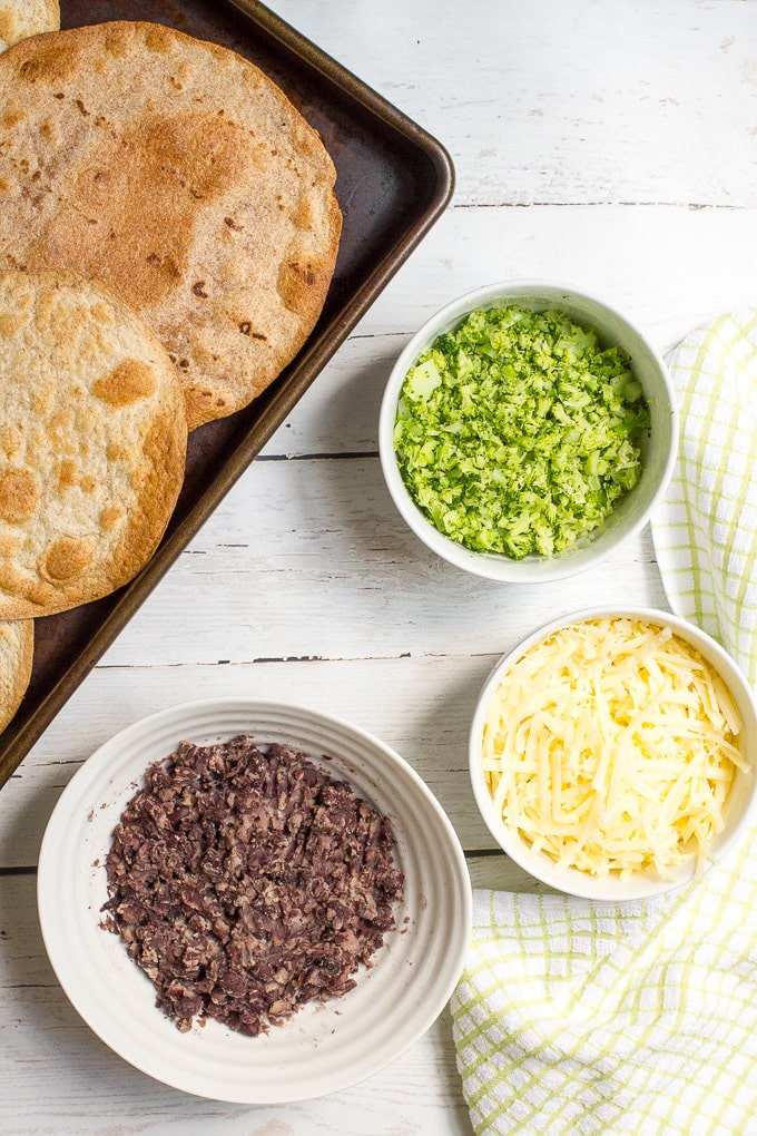 Cheesy broccoli and black bean melts - a quick, easy and healthy vegetarian tostada recipe