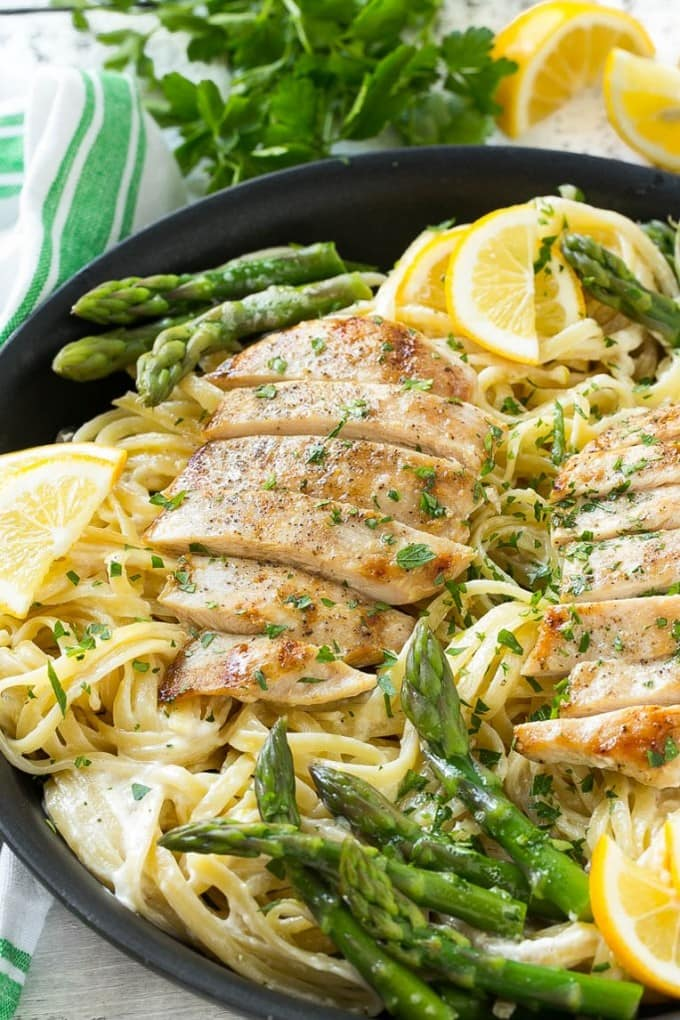 Lemon asparagus pasta with chicken