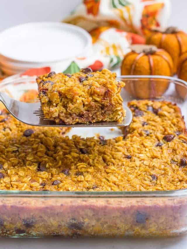 cropped-Pumpkin-baked-oatmeal-with-chocolate-chips-6.jpg