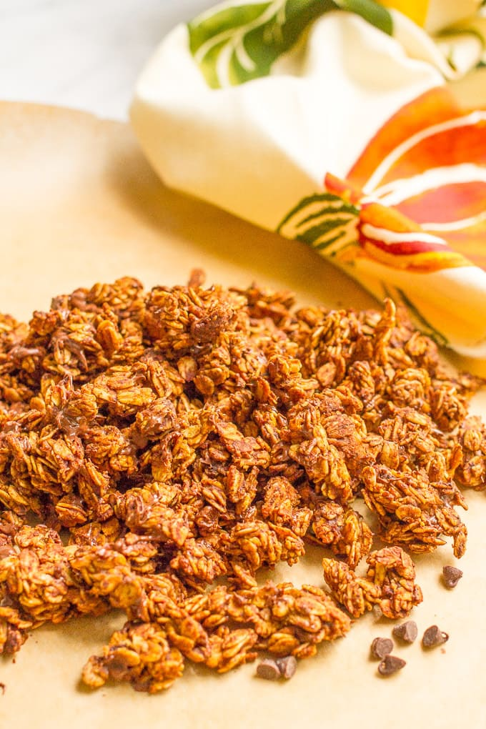 Chocolate pumpkin granola - easy to make and delicious for breakfast or snacking!