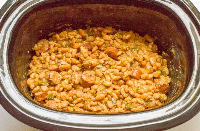 Crock pot white beans and sausage - an easy healthy dinner recipe