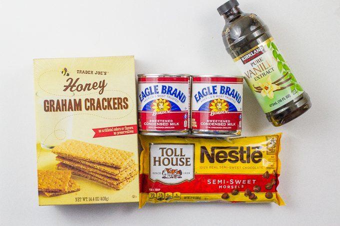 Easy 4-ingredient chocolate chip brownies
