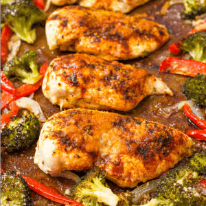 Parmesan sheet pan chicken and broccoli with bell peppers makes for an easy, hands-off healthy dinner! Gluten free and low-carb | www.familyfoodonthetable.com
