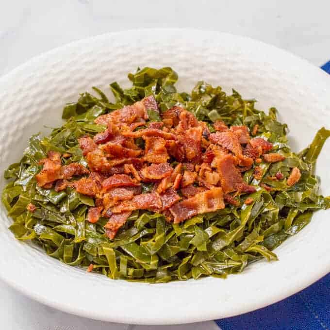 How to make delicious collard greens with bacon