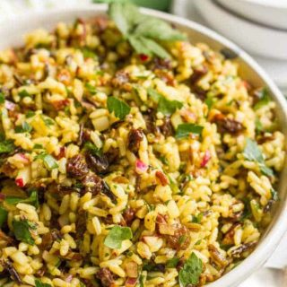 Curried wild rice salad with raisins and pecans