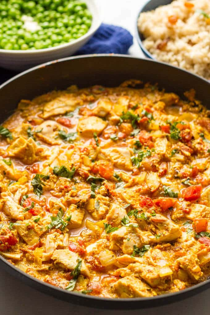 Quick chicken curry is an easy, one-pan recipe that's ready in just 15 minutes -- perfect for a busy weeknight dinner! #curry #chicken #easydinner #easyrecipe