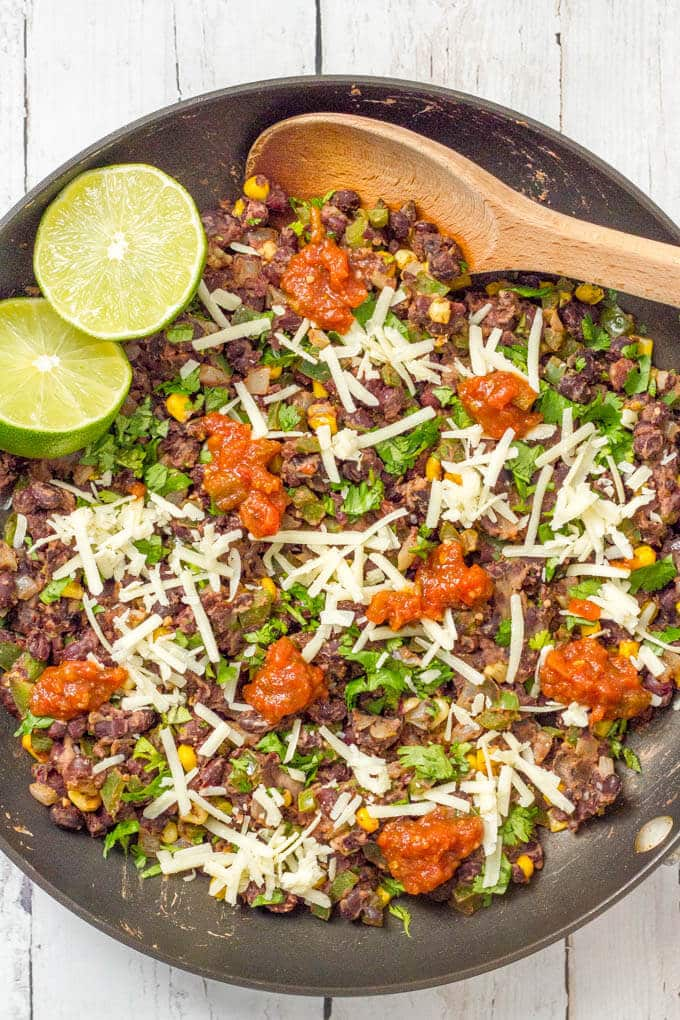 Veggie burger scramble is a quick and easy one-pan dinner that's vegan, gluten free and ready in about 20 minutes! | www.familyfoodonthetable.comVeggie burger scramble is a quick and easy one-pan dinner that's vegan, gluten free and ready in about 20 minutes! Serve as is, in a tortilla or pita, as lettuce wraps or on a bun. | www.familyfoodonthetable.com
