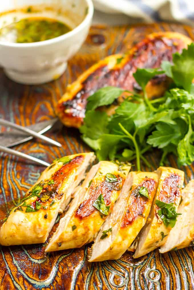 Grilled sliced chicken with spicy beer marinade