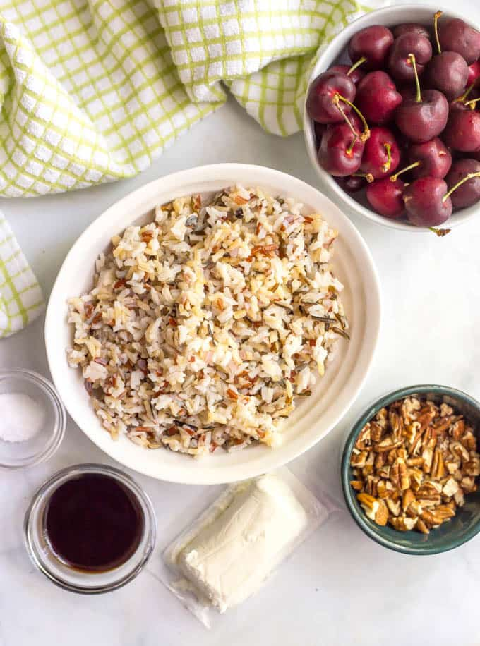 Wild rice salad with fresh cherries, pecans and goat cheese | www.familyfoodonthetable.com