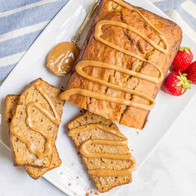 Whole wheat peanut butter banana bread that's naturally sweetened and loaded with peanut butter flavor! Great for breakfast or snacking!   www.familyfoodonthetable.com