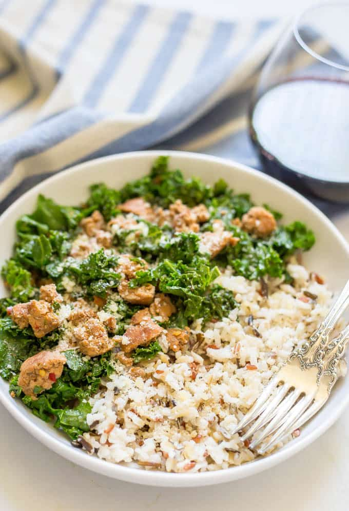 Easy wild rice sausage kale bowl is a 3-ingredient dinner that's flavorful and filling - perfect for a weeknight family dinner! | www.familyfoodonthetable.com