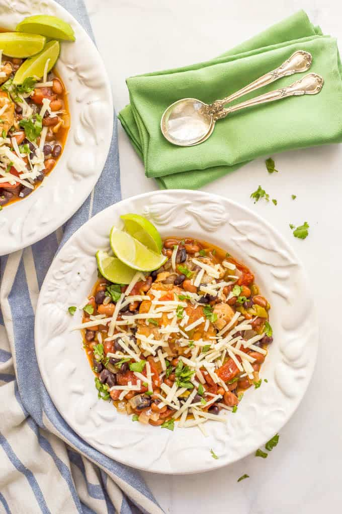 Slow cooker Mexican chicken stew is easy to prep and smells amazing as it cooks! It's perfect for a comforting, flavorful family dinner! | www.familyfoodonthetable.com